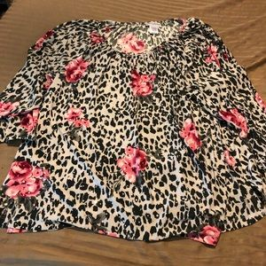 NWT leopard rose pattern blouse